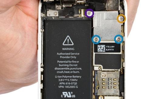 entfernen der display anschlusskabel